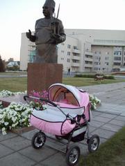 Продам коляску для двойни от рождения до 3 лет